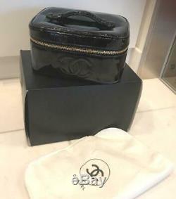 Authentique Chanel Vanité Sac Cuir Verni Noir Vintage Fermeture Éclair Poche