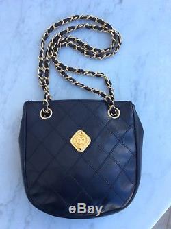 Authentique Sac Cuir Bandouliere Noir Chanel Vintage Tbe