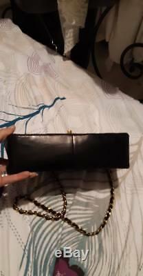 Authentique et rare sac CHANEL modèle DIANA vintage noir en superbe état comme 9