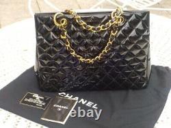 CHANEL shopping sac a main