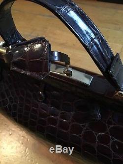 Doctor bag / Sac à main Vintage en cuir De Crocodile Modèle proche du Hermès 404