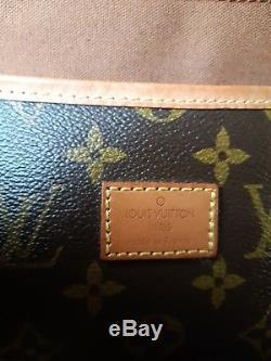 LOUIS VUITTON authentique très joli sac SAUMUR Vintage