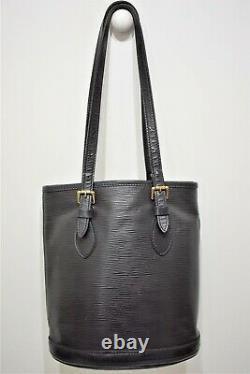 Louis Vuitton, Sac Bucket PM en cuir épi noir