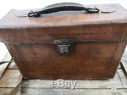 Mallette/sacoche/sac/cartable de médecin en cuir/liserés/déco rétro vintage