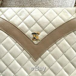 Rare Sac CHANEL VINTAGE cuir matelassé agneau beige 2 tons 27 cm chaine or /cuir