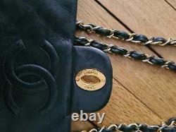 Sac Chanel Maxi Jumbo XL 34 90s vintage Bag Cuir d'agneau noir leather lambskin