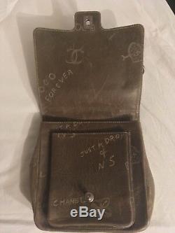 Sac Chanel vintage cuir kaki édition limité rare