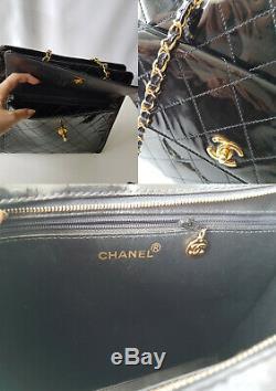 Sac Chanel vintage en cuir verni noir