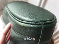 Sac HERMES modèle DOUSCA vert foncé vintage bon état general