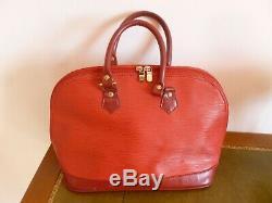 Sac Vintage Louis Vuitton Alma En Cuir Epi Rouge A Restaurer Manque Une Boucle
