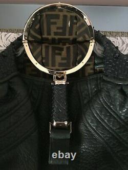 Sac à main Fendi modèle Spy en cuir
