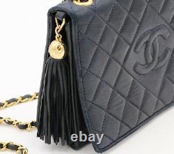 Sac porté épaule Vintage Chanel Classique en cuir