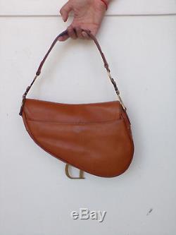 Sac selle, Christian DIOR Saddle, cuir marron, parties métal dorées, vintage