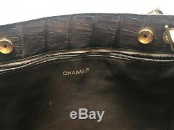 Très beau Sac Chanel Vintage et Authentique cuir Marron matelasse