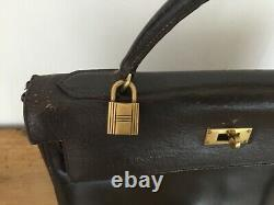 Très beau Sac Hermès Kelly 32 VINTAGE en CUIR marron AUTHENTIQUE clés et cadena