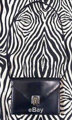Yves Saint Laurent Sac Noir Forme Enveloppe Vintage